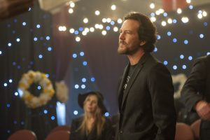 Eddie Vedder as himself in Roadies (season 1, episode 10). - Photo: Neal Preston/SHOWTIME - Photo ID: Roadies_110_6148